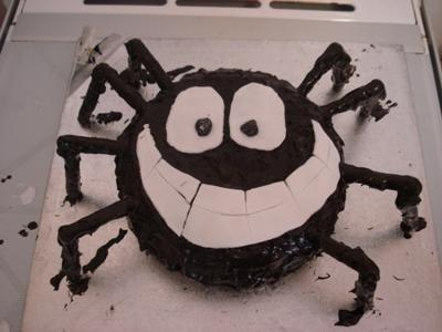 Spider in the Bath Cake!